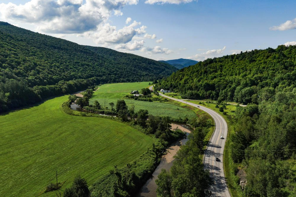 The  Scenic Route VT-100 Things to do in Vermont