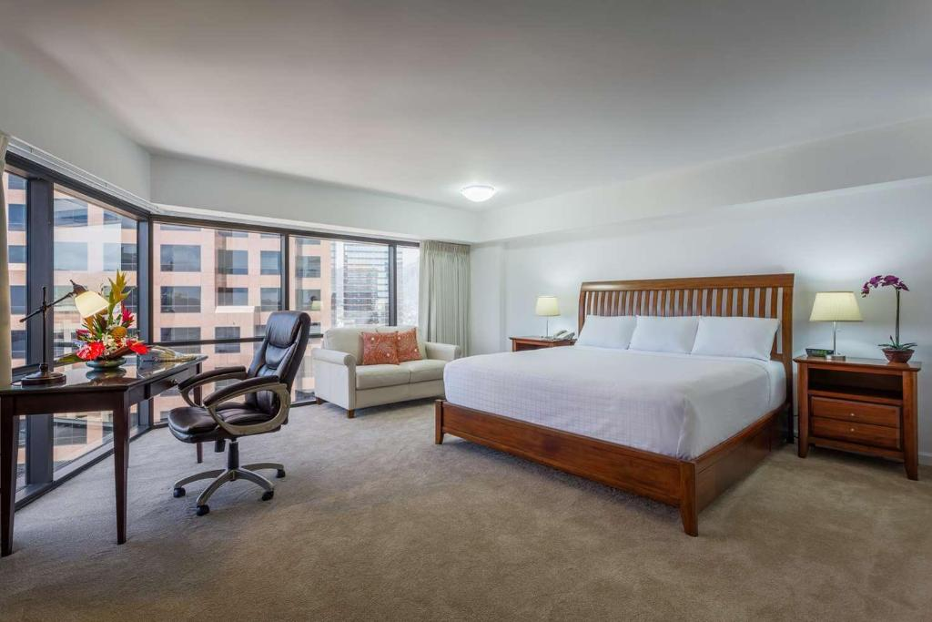 The Ashton at the Presidential Centre Hotel Honolulu Hotels Close to the Honolulu Airport