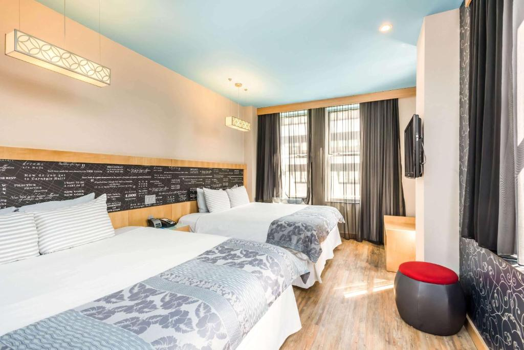 TRYP by Wyndham at NYC Times Square South
