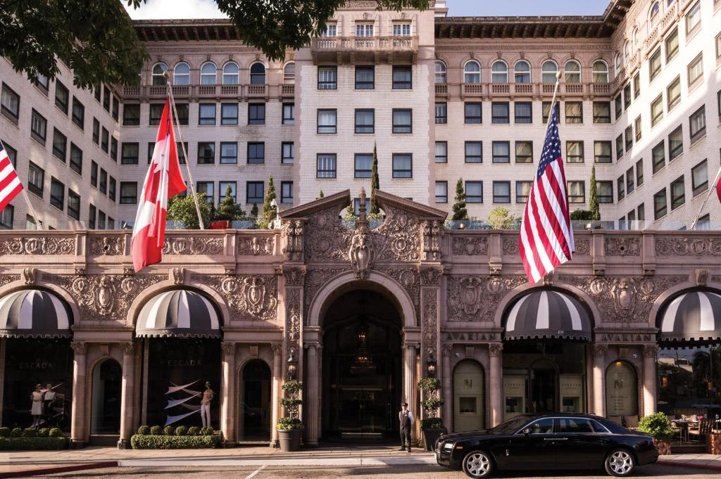 Beverly Wilshire, A Four Seasons Hotel Movie Location in USA