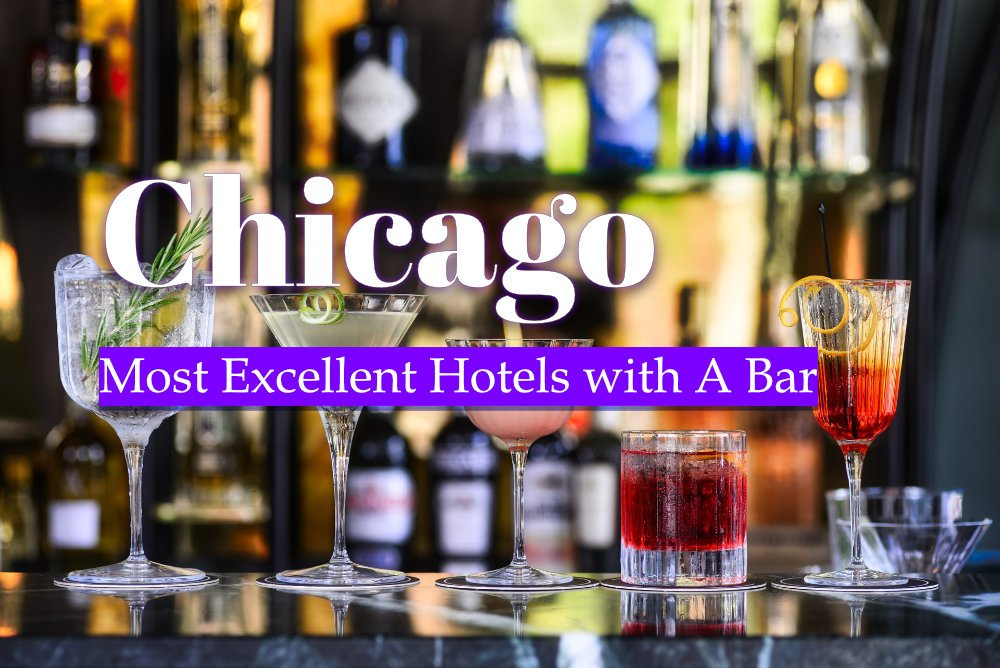 Most Excellent Hotels with A Bar in Chicago Photo by M.S. Meeuwesen on Unsplash