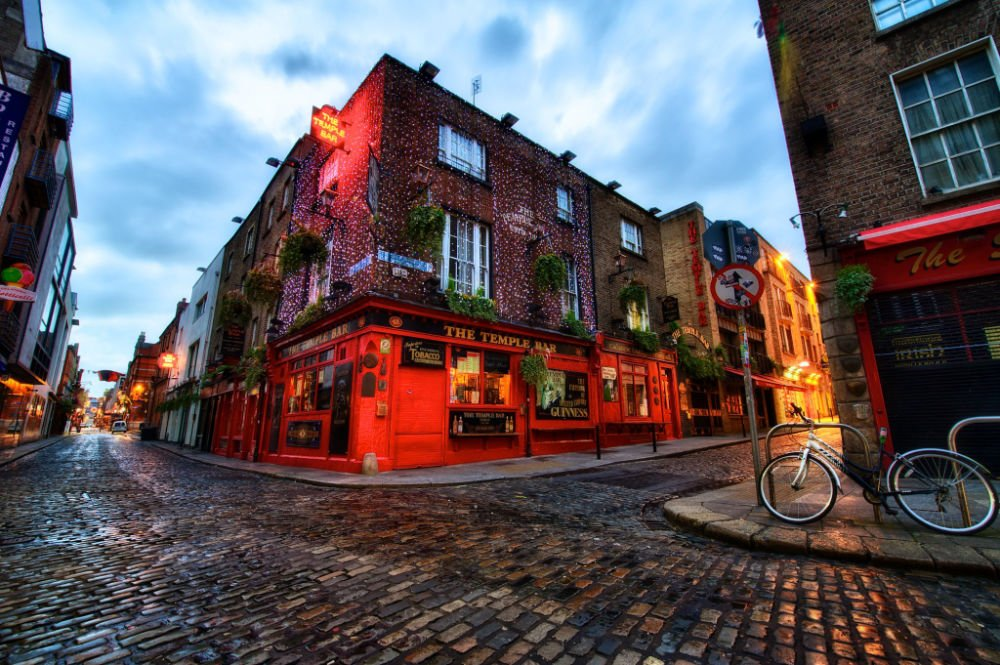"""""""The Temple Bar, Dublin"""" by Jim_Nix is licensed under CC BY-NC-SA 2.0"""