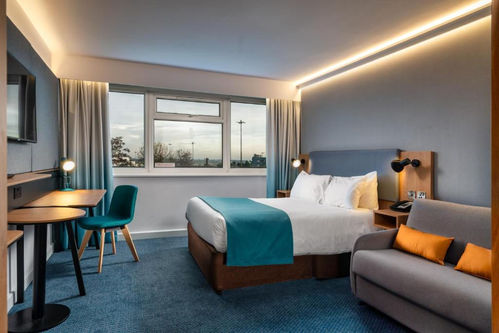 Double or Twin Room - Holiday Inn Birmingham Airport - NEC, an IHG Hotel